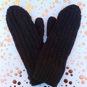 🌺 3/$20 🌺 Sunny Best New, Woman's Mittens Black